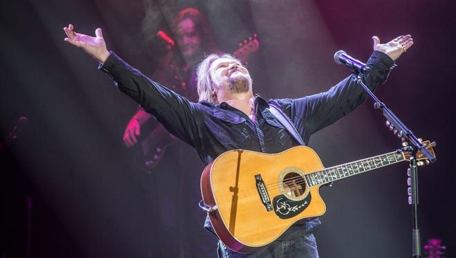 Travis Tritt sings at the Montgomery Performing Arts Centre on Sunday, Dec. 3, 2017. The country music great is coming to the Saenger Theatre on Jan. 20.