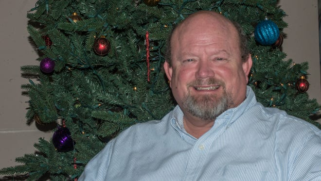 Terry Veazey will put on a free Christmas concert Sunday at Eastern Hills Baptist Church in Montgomery.