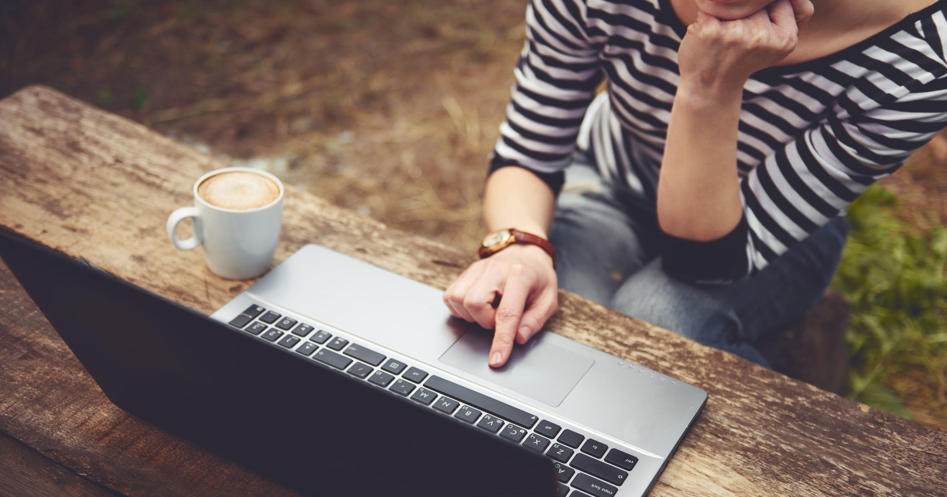 Seasonal Side Hustle Ideas For Making Money This Fall