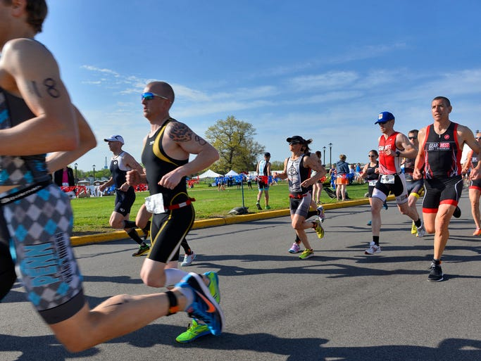 Runners start Saturday's Apple Duathlon.