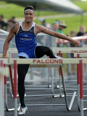 Southeastern's Kent Dunn competes in the Division III Regional Track and Field Meet at Fairfield Union High School on Friday. Dunn is headed to Columbus for the third consecutive time.