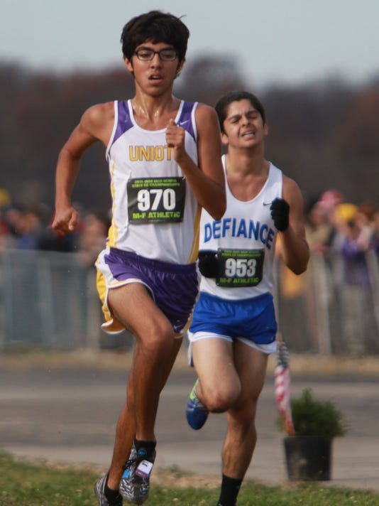 636069626410649943-635825229255495268-south74-110715-state-cross-country-south.JPG