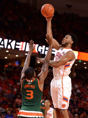 Leading scorer Jaron Blossomgame returns to lead Clemson into a challenging 2016-17 schedule.