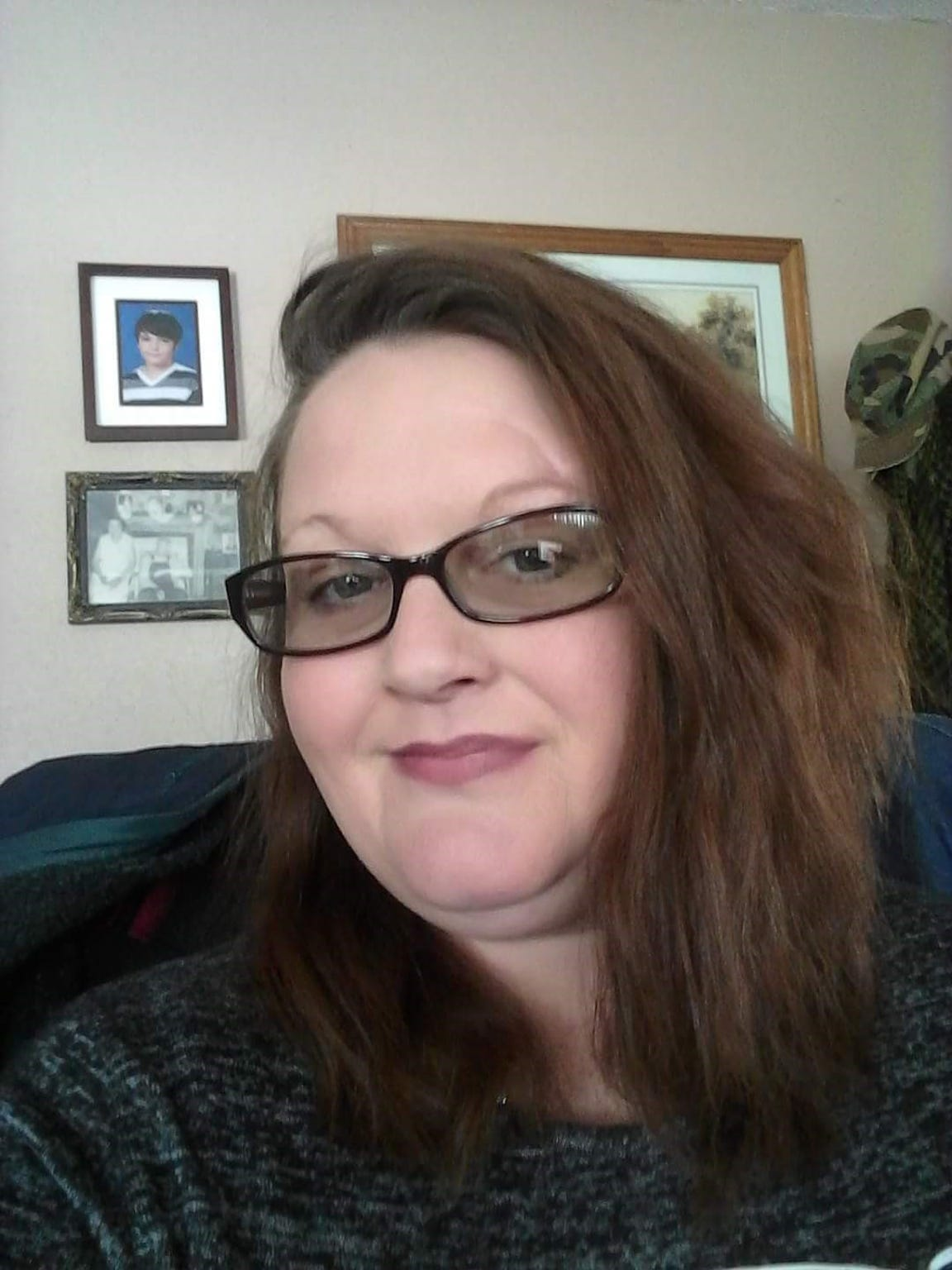 """Jeanne Decanter said, in the last 18 months since she's gotten off opioids, she still deals with chronic pain resulting from injuries sustained during a car wreck in 2002. """"But it is nothing compared to the way that I hurt when I was on them,"""" she said."""