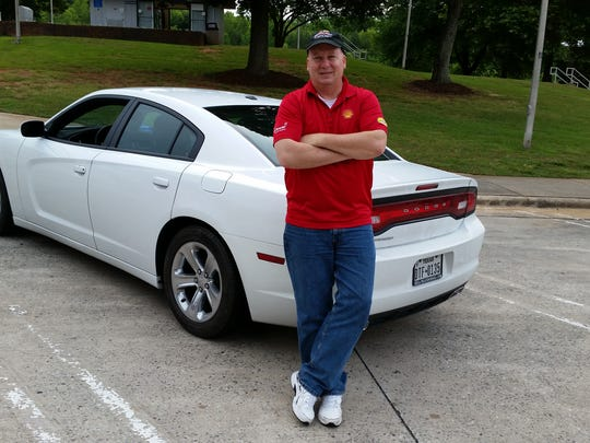 Hyper-miler and blogger Wayne Gerdes is driving a Dodge Charger modified to compare Shell V-Power Nitro+ to other premium gasolines cross country.