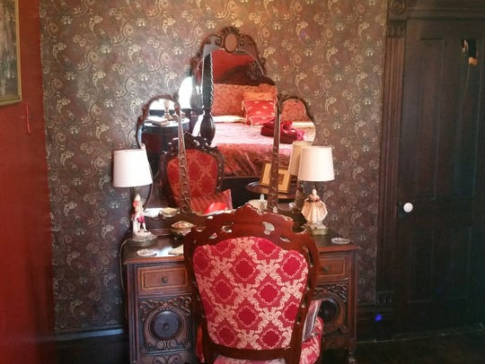 A bedroom in Brumley's Haunted Castle House Bed & Breakfast