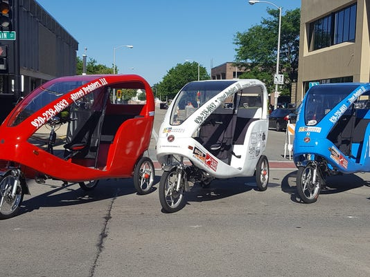 636395212606085238-AAP-AS-0903-Cheese-and-Quackers-pedicabs.jpg