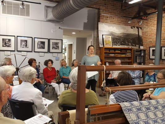 BMN 091417 Museum docents