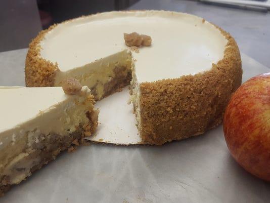 Apple crumb cheesecake