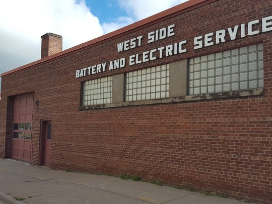 The West Side Battery and Electric Service building is slated to become Urban Street Bistro's brick-and-mortar location.