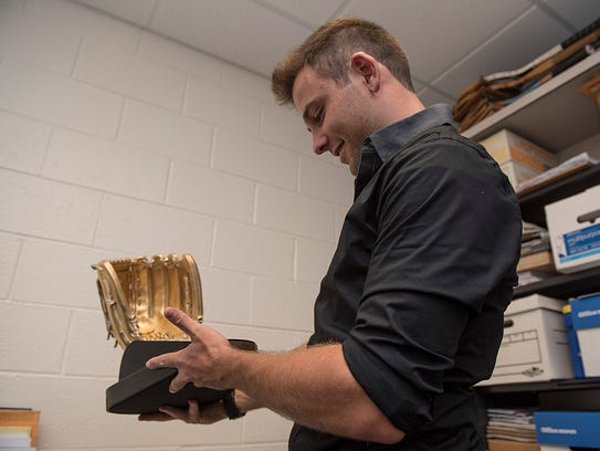 Jared Merandi gets his first look at the Gold Glove