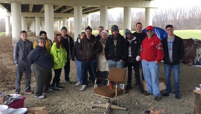 Lorna Ison and her family organized an effort to help those in need on Christmas Morning. Ison's family delivered hot food, clothes, blankets and other day-to-day needs.
