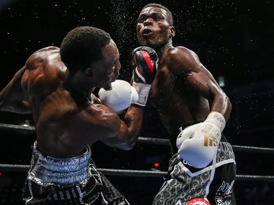 easter-vs-commey_09_09_2016_fight_andy-samuelson-_-premier-boxing-champions