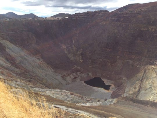 The 900-foot-deep Lavender Pit reminds visitors of