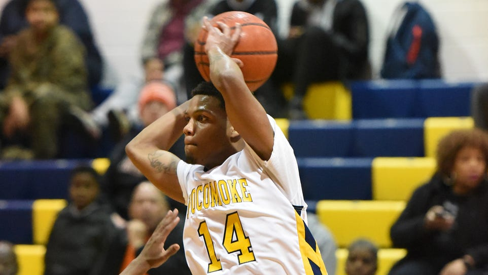Pocomoke's Tyrone Matthews gets a pass off against