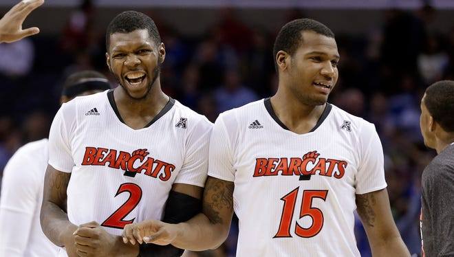 Titus Rubles (2), Jermaine Sanders (15) and Cincinnati moved into the AAC semifinals.