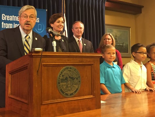 636074669707814893-Branstad-STEM-news-conference-Aug.-22-2016.jpg
