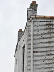 BUC 0409 Condemned building_4.jpg