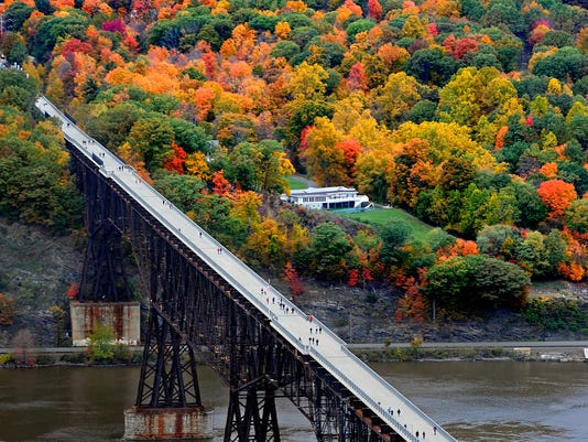 Walkway Over the Hudson state park.jpg