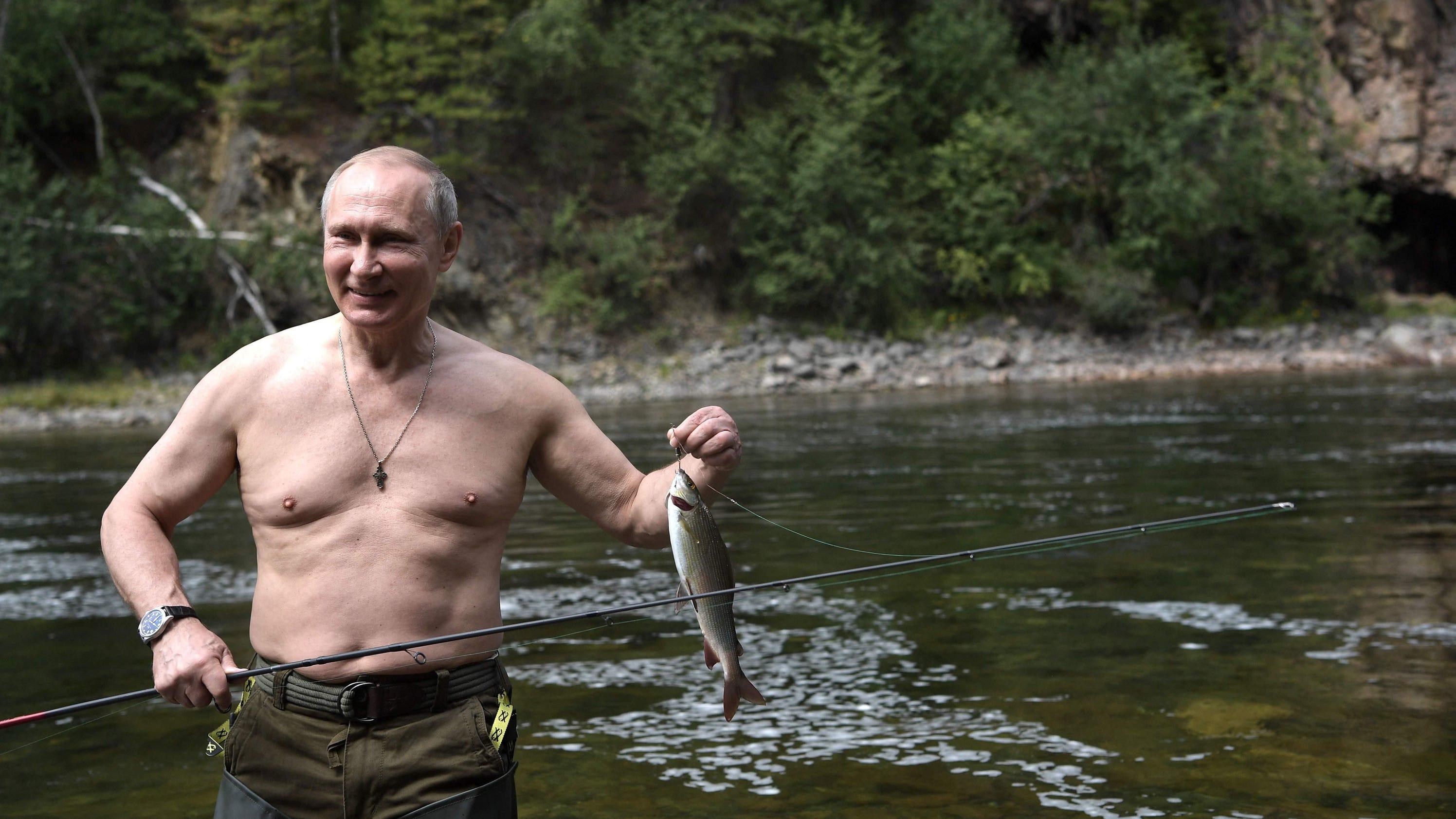 0f42530945e usatoday.com Putin shows off spoils from Siberia fishing trip
