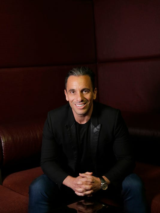 Sebastian Maniscalco works like a dog to crack you up