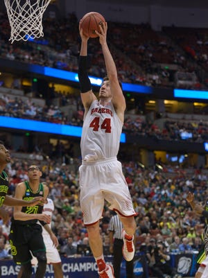 Wisconsin's Frank Kaminsky led all scorers with 19 points.