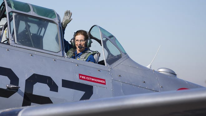 U.S. Rep. Martha McSally, a retired fighter pilot, prepares to leave Phoenix after announcing her candidacy for U.S. Senate on Jan. 12, 2018.