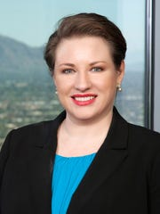 Laura Lawless Robertson, Squire Patton Boggs