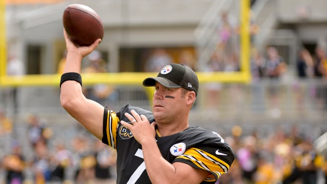 Pittsburgh Steelers quarterback Ben Roethlisberger (7) threw five interceptions on Sunday vs. Jacksonville. He apologized for that performance.