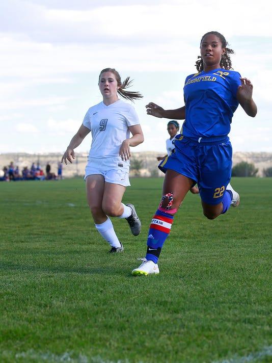 FMN-Girls-Soccer-0831-1.jpg