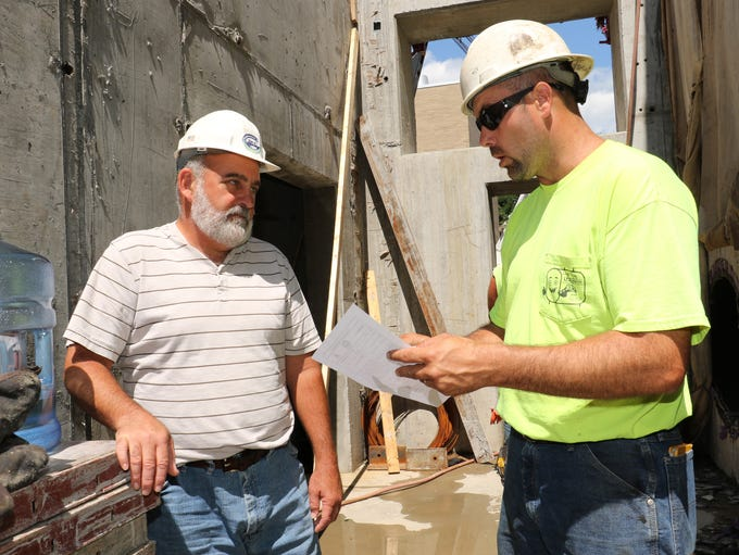 From left, Plant Administrator, Randy Alstadt and Project
