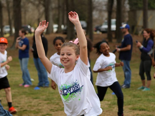 Fourth and Fifth grade students run in the Bethel Elementary School Boosterthon Run.