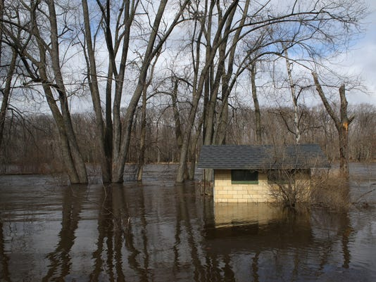 635938338459040147-wdt-20160317-flooding-06.jpg