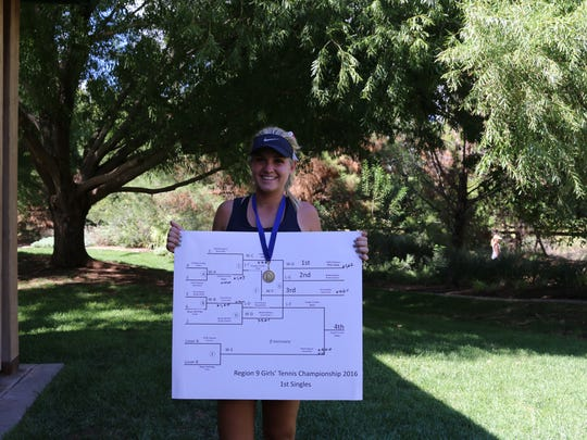 Pine View's Hattie Erekson poses with her championship