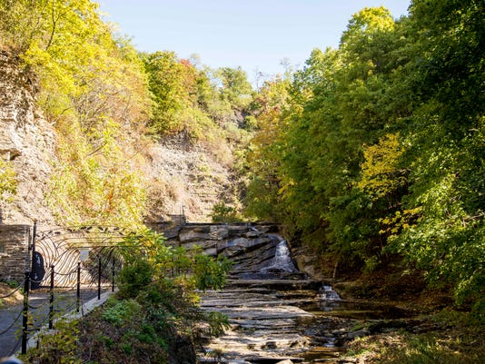20161014_Cascadilla_gorge_closed_KO