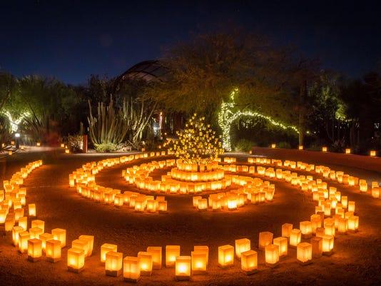 las noches de las luminarias returns to desert botanical garden on nov 25 photo adamsphoto - Desert Botanical Garden Coupon