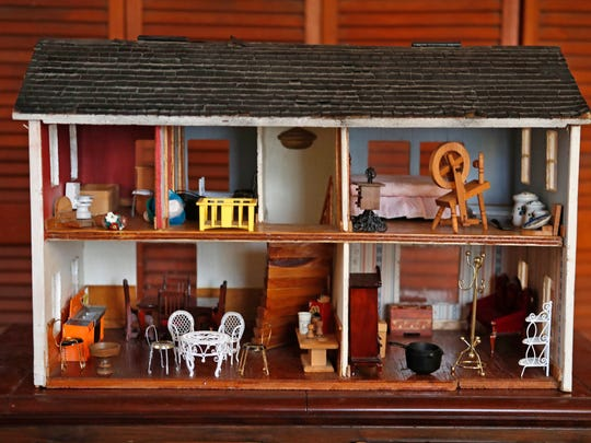 This Nov. 2, 2016 photo shows a doll house made of