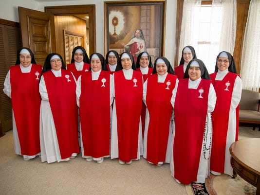 636167196698933556-Adoration-Sisters-of-the-Blessed-Sacrament.jpg