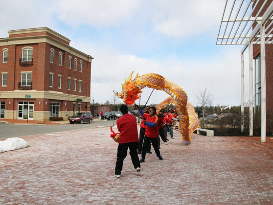 636207715455724739-dragon-dance.JPG