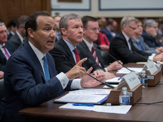 CEO of United Airlines Oscar Munoz (L), with United Airlines President Scott Kirby (R),testifies before the House Committee on Transportation and Infrastructure hearing to examine US airlines customer service policies Capitol Hill in Washington, DC, USA, 02 May 2017.