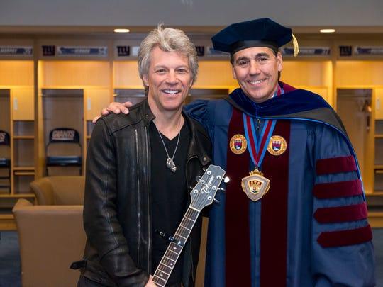 Notre Dame's Jesse Bongiovi, Bon Jovi's son, supports Pence