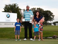 Marc Leishman wins BMW Championship, sets tournament record at 23 under