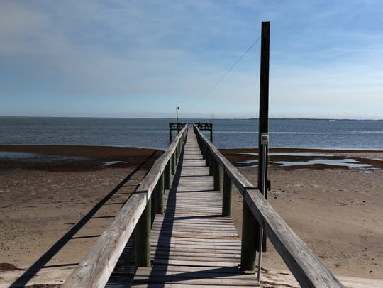 Ho Hum RV Park has a 250-foot lighted fishing pier