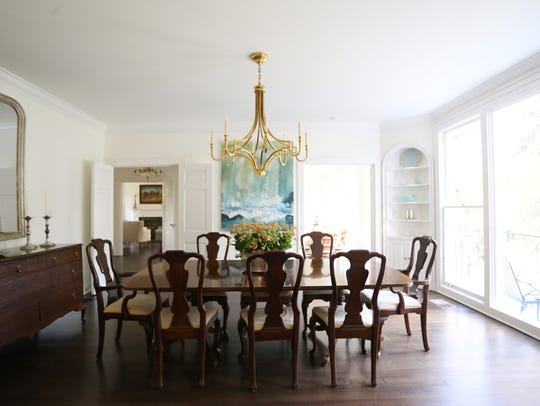 The dining room at 535 Pierremont Road.