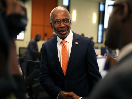 Larry Robinson is officially announced as FAMU's president Thursday with a unanimous vote by the Board of Trustees.