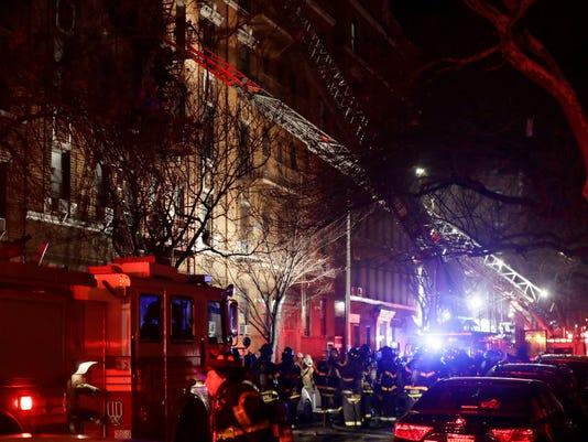 AP BRONX FIRE A USA NY