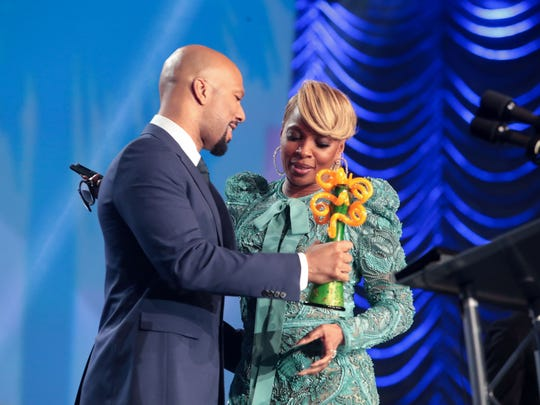 Common presents Mary J. Blige with eh breakthrough Performance Award at the 29th Annual Palm Springs International Film Festival Gala on Tuesday, January 2, 2018 in Palm Springs, CA