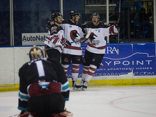 IceRays players celebrate a goal against the Shreveport