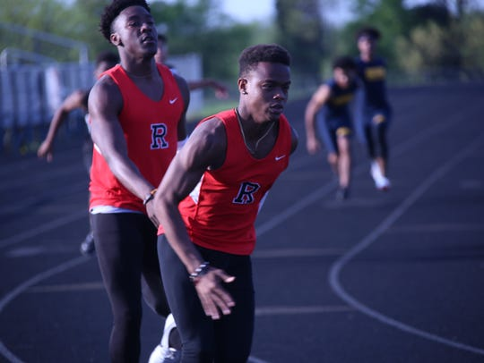 Rossview's 4x200-meter relay team competes in the boys