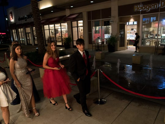 Rockport-Fulton High School students arrive at their
